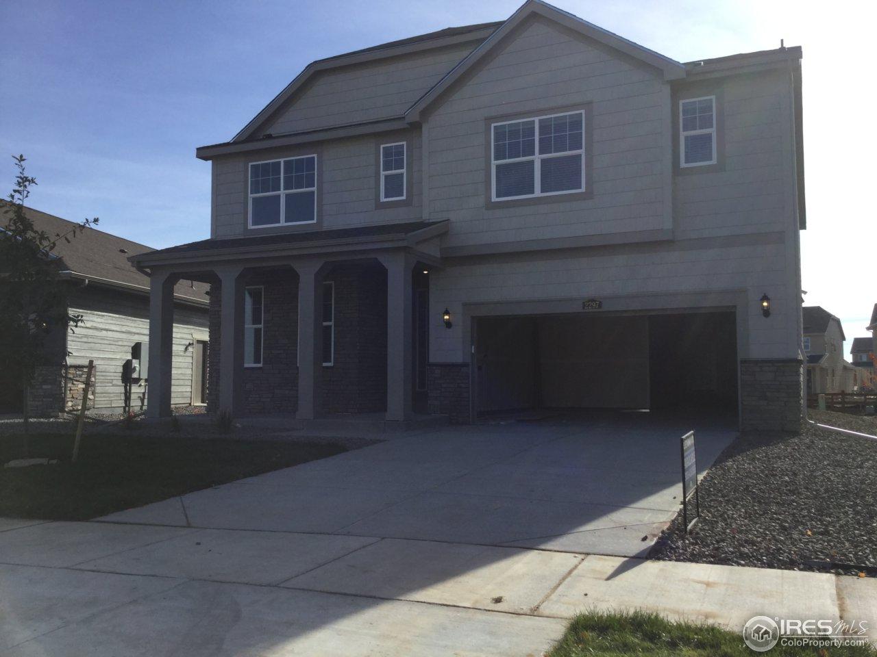 2297 Spotswood St, Longmont, CO 80504