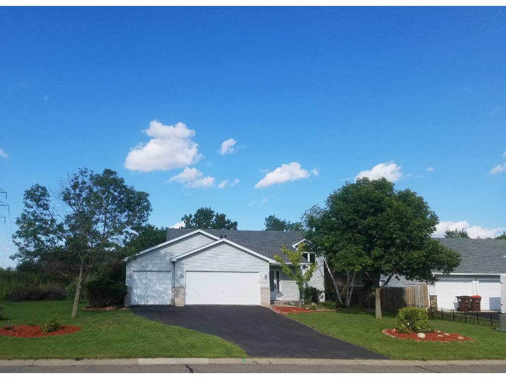 2829 Carver Park Circle, Woodbury, MN 55125