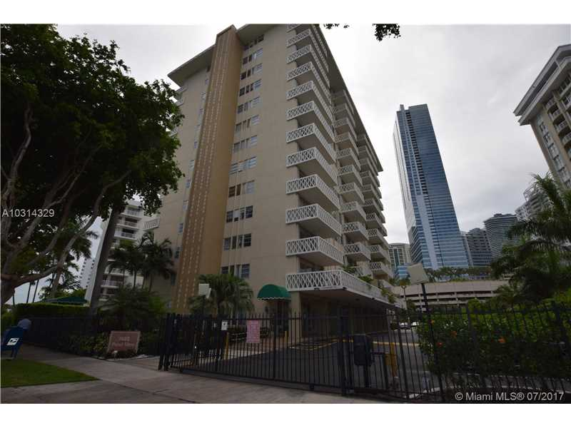1430 Brickell Bay Dr 207, Miami, FL 33131