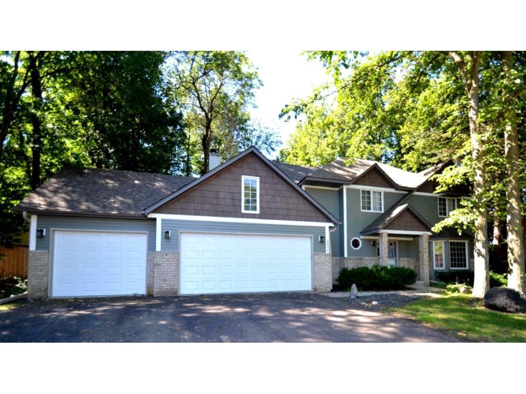 8854 Sylvan Ridge, Eden Prairie, MN 55347