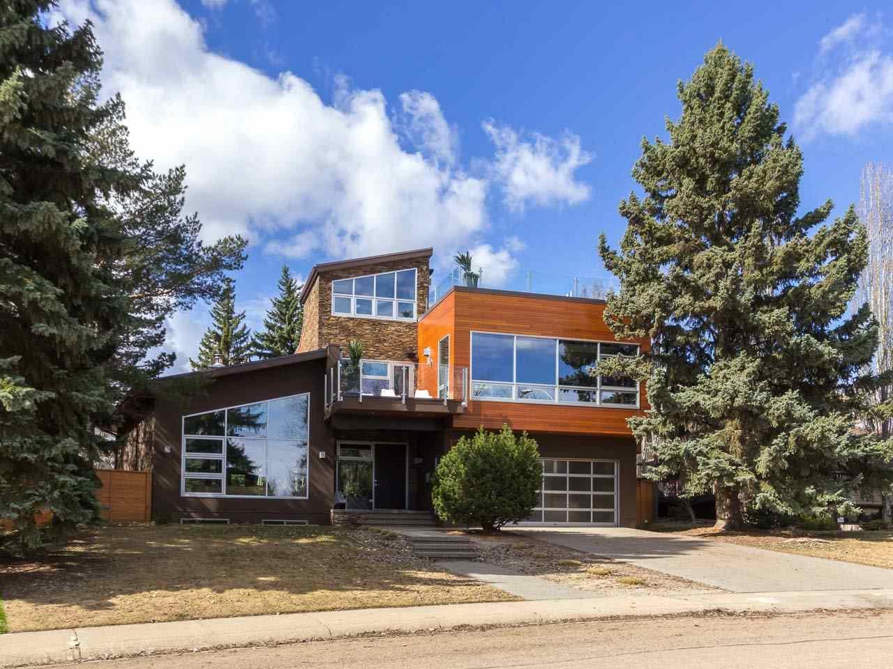 13619 86 Avenue, Edmonton, AB T5R 4A8