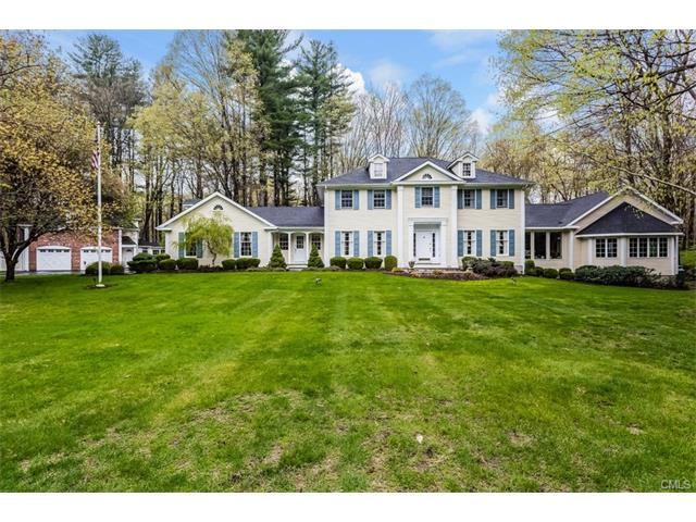 4 Hidden Brook Drive, Brookfield, CT 06804