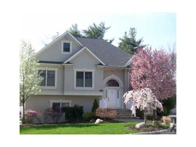 160 Ridge Road, Valley Cottage, NY 10989