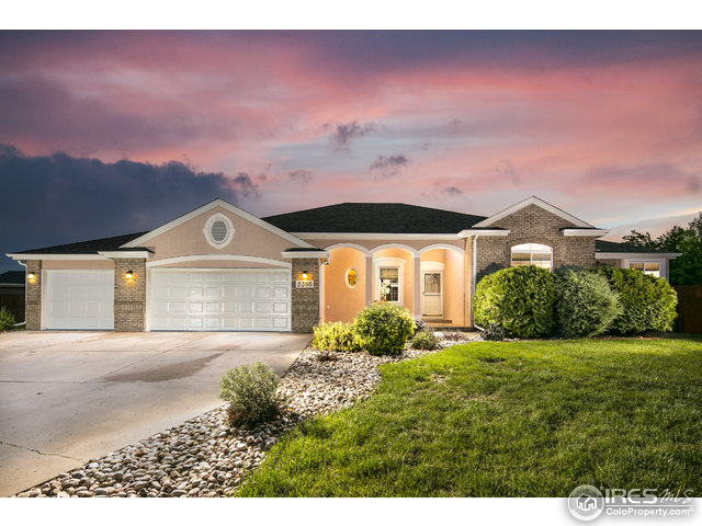 2395 42nd Ave Ct, Greeley, CO 80634