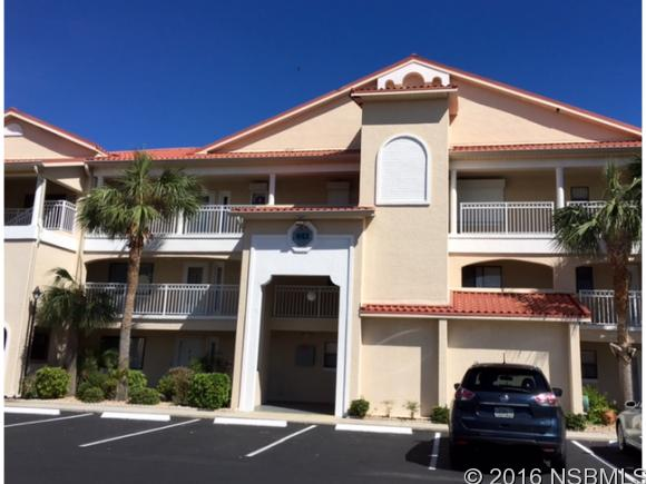 443 Bouchelle Dr 202, New Smyrna Beach, FL 32169