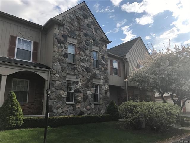 1635 Huntington Park F, Rochester Hills, MI 48309