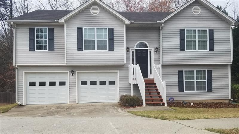 WOW! NEWLY RENOVATED SPLIT FOYER, 4 BED/3 BATH W/LARGE BONUS ROOM IN MILL CREEK SCHOOL DISTRICT. NEW PAINT, NEW CARPET, NEW FLOORING, NEW LIGHT FIXTURES, NEW SS KITCHEN APPLIANCES (INCLUDES REFRIGERATOR), NEW KITCHEN AND BATHROOMS. EXTRA STORAGE SPACE IN GARAGE. GREAT LOCATION CLOSE TO SCHOOLS, I-85, AND SHOPPING. WON'T LAST!!!