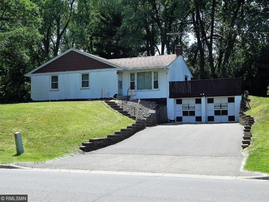 2579 Cypress Street, Maplewood, MN 55109