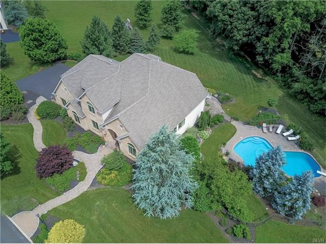 5920 Lori Court, Upper Saucon Twp, PA 18034