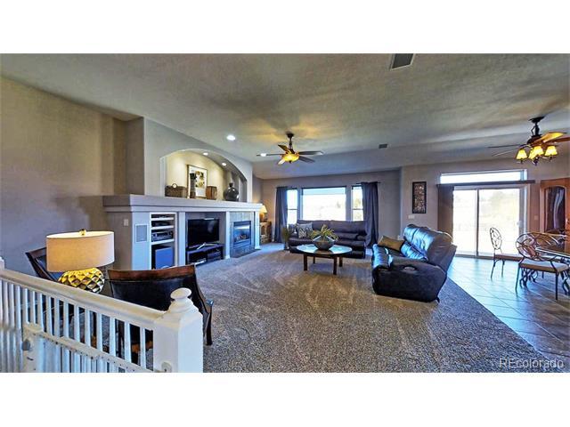 1712 Edgewater Place, Longmont, CO 80504