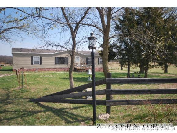 370 Stone Place Farm Rd, Camdenton, MO 65020