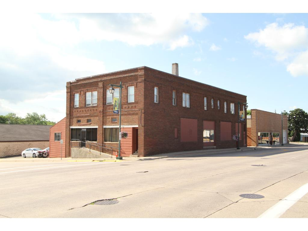 202 W Bridge Street, Owatonna, MN 55060