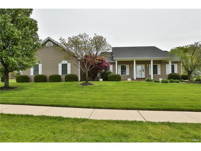 1018 Highland Estates Drive, Wentzville, MO 63385