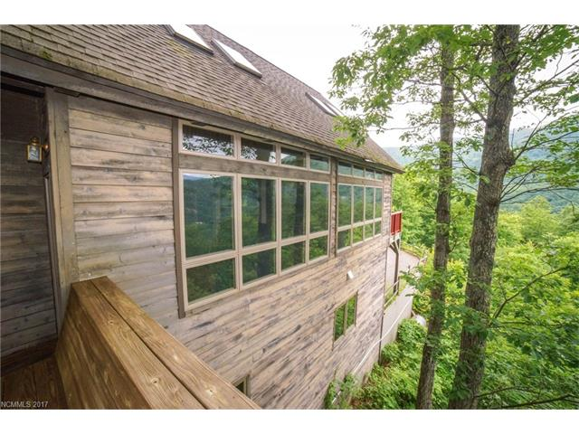 12 Lake Wood Avenue, Black Mountain, NC 28711