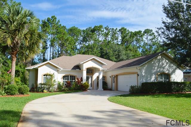 16 Pin Oak Dr, Palm Coast, FL 32164