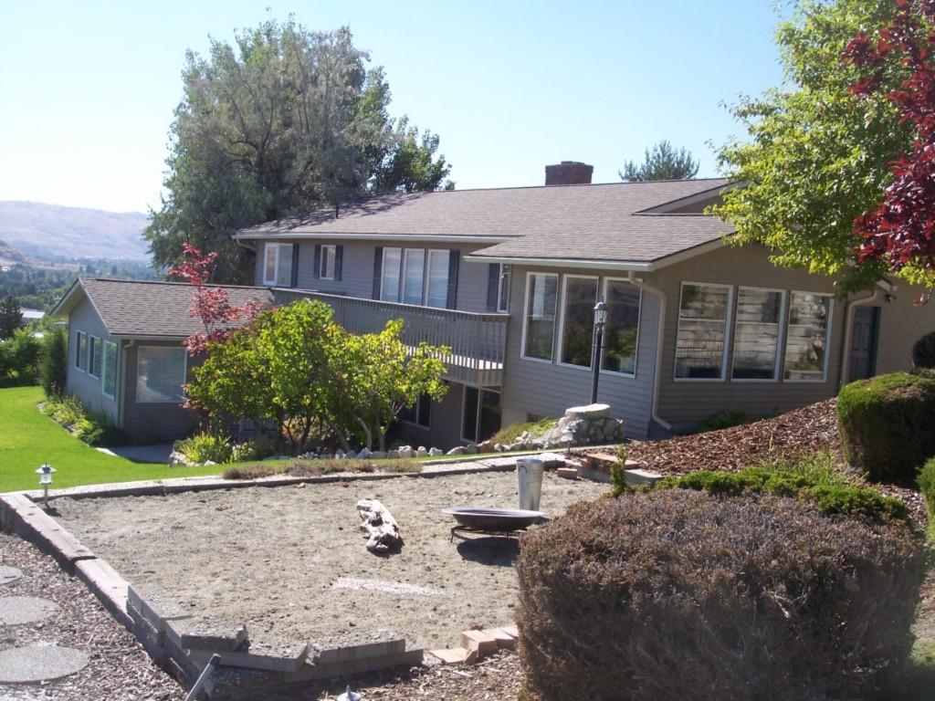 255 Viewmont, Okanogan, WA 98840