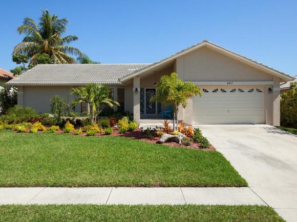 401 EDGEWATER, MARCO ISLAND, FL 34145