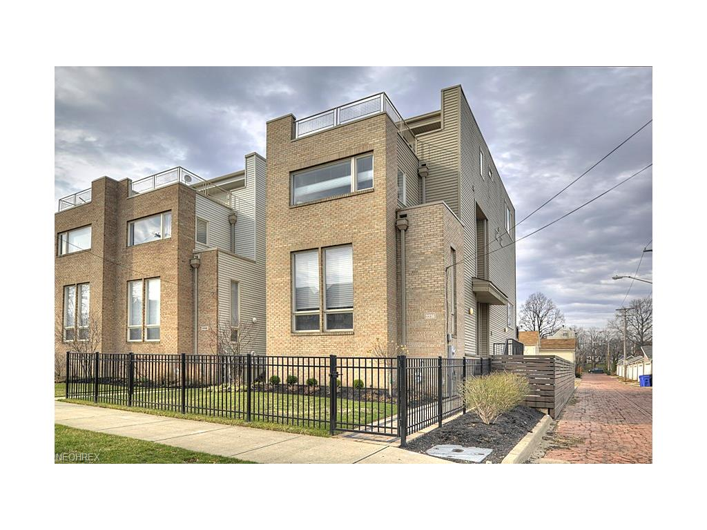 2236 W 5th St, Cleveland, OH 44113