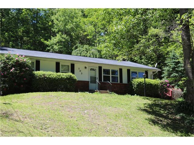 103 ROBLEIGH Drive, Hendersonville, NC 28739