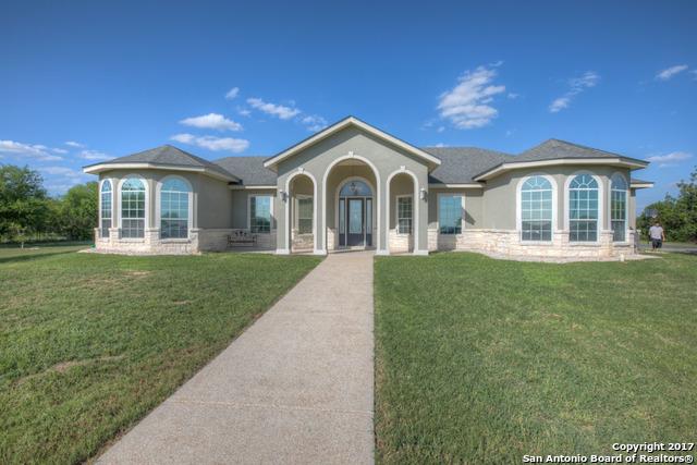 1389 N SANTA CLARA RD, Marion, TX 78124