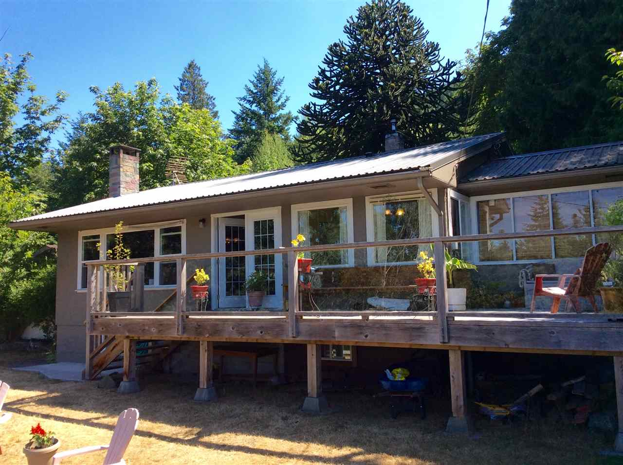 12597 SUNSHINE COAST HIGHWAY, Madeira Park, BC V0N 2H1