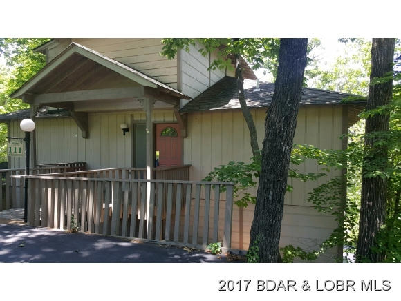 111 Lubbers Quarters, Osage Beach, MO 65065
