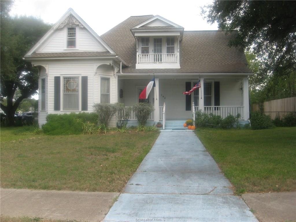700 E 30th Street, Bryan, TX 77803