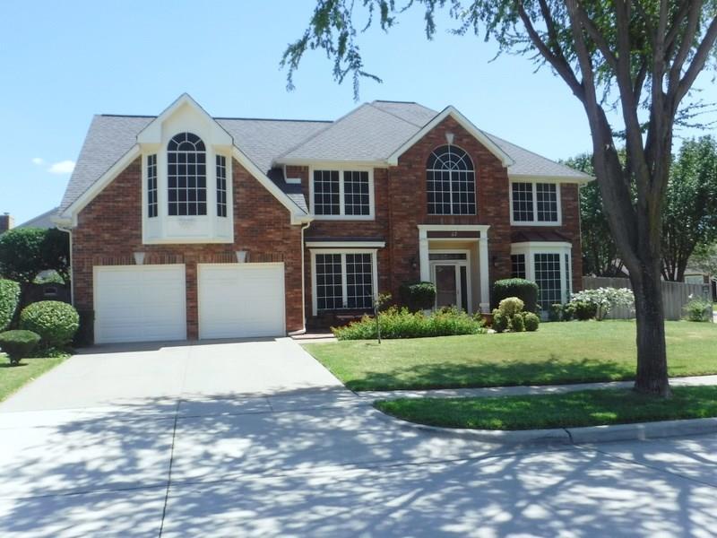 117 Starbridge Lane, Grand Prairie, TX 75052