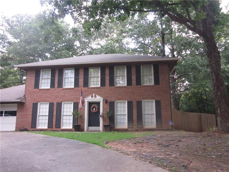 9860 Lake Forest Way, Roswell, GA 30076