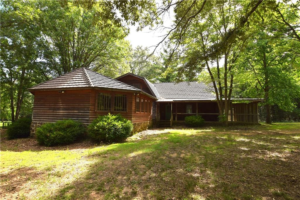 867 Mill Pond RD, Cedarville, AR 72932