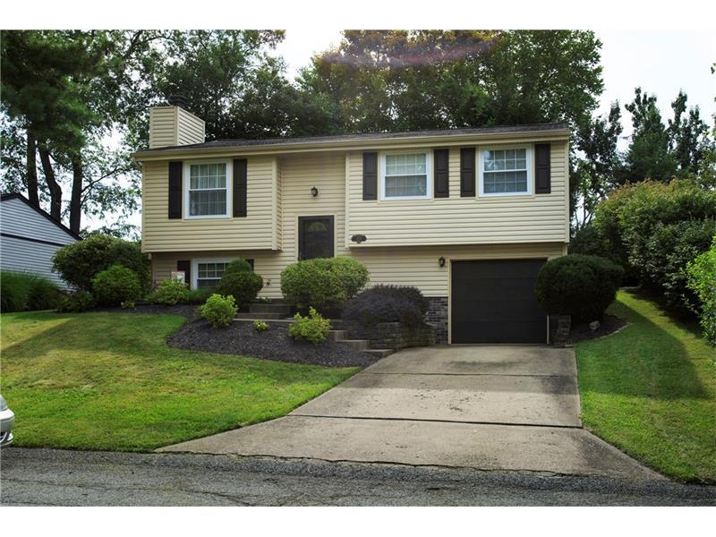 2619 Fox Chase Ct, Bridgeville, PA 15017