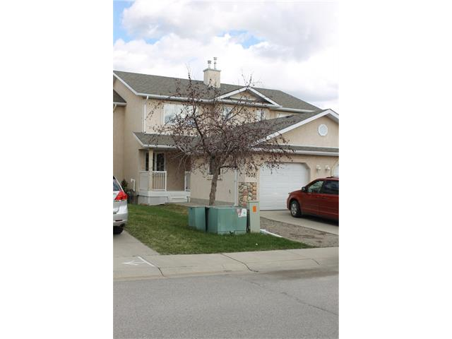 1008 HighGlen Place NW, High River, AB T1V 1P5