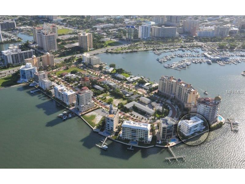 400 GOLDEN GATE POINT 31, SARASOTA, FL 34236