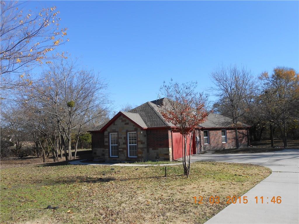 880 Lester Burt Road, Farmersville, TX 75442