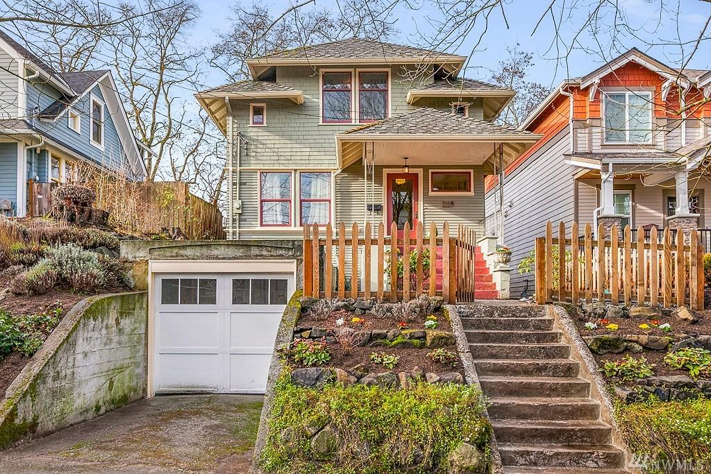 1119 32nd Ave, Seattle, WA 98122