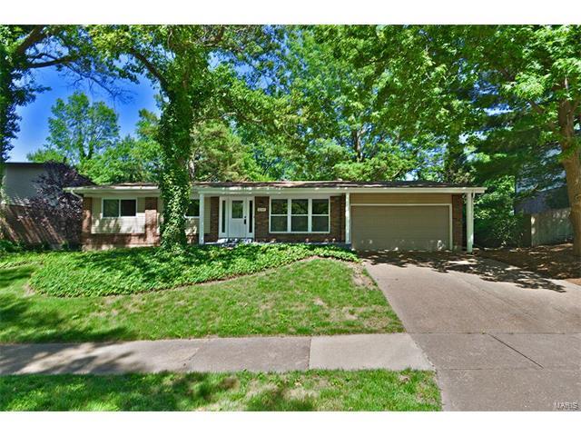 4288 Wickerfield, St Louis, MO 63128