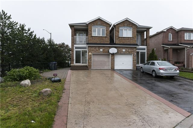 841 Othello Crt, Mississauga, ON L5W 1H2
