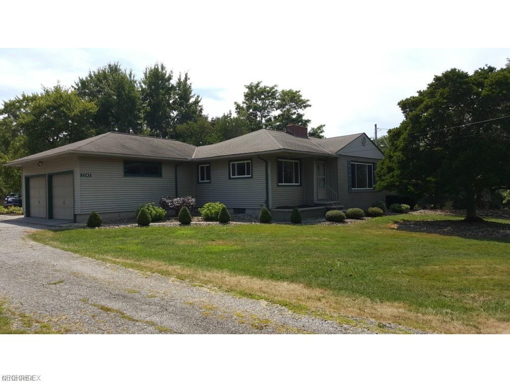 2242 Wilson Sharpsville Rd, Cortland, OH 44410