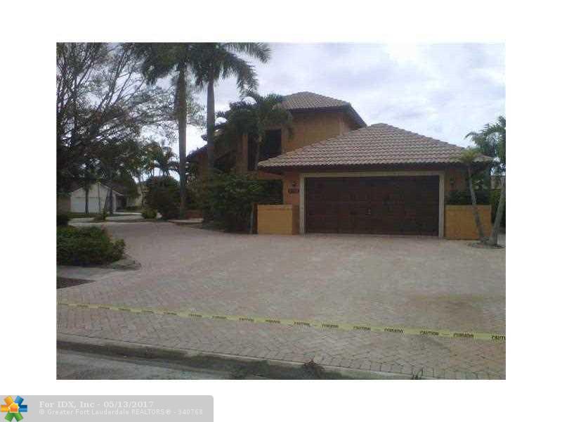 21130 White Oak Ave, Boca Raton, FL 33428