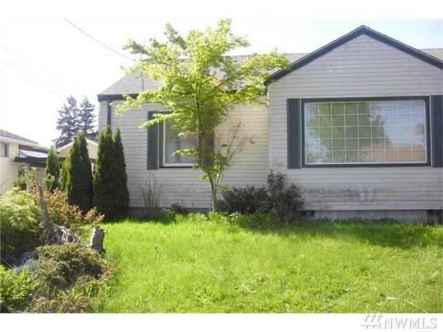 8425 S 115th Place, Seattle, WA 98178