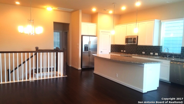 7914 Roanoke Run Unit 18, San Antonio, TX 78240
