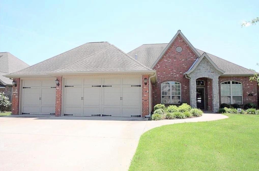 1700 Whippoorwill LN, Bentonville, AR 72712