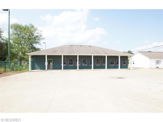 22184 Harrisburg Westville Rd, Alliance, OH 44601
