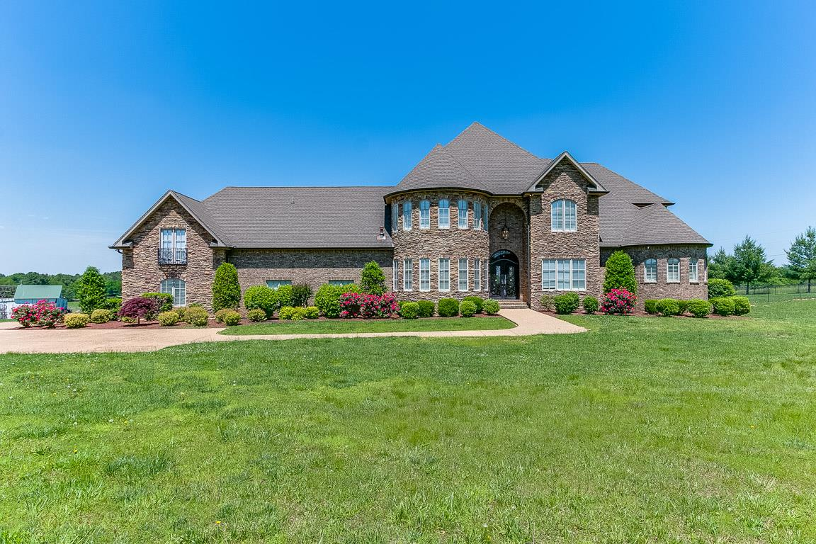 3509 Calista Rd, White House, TN 37188
