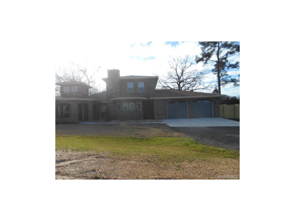 1314 COUNTY RD 39 Road, Deatsville, AL 36022