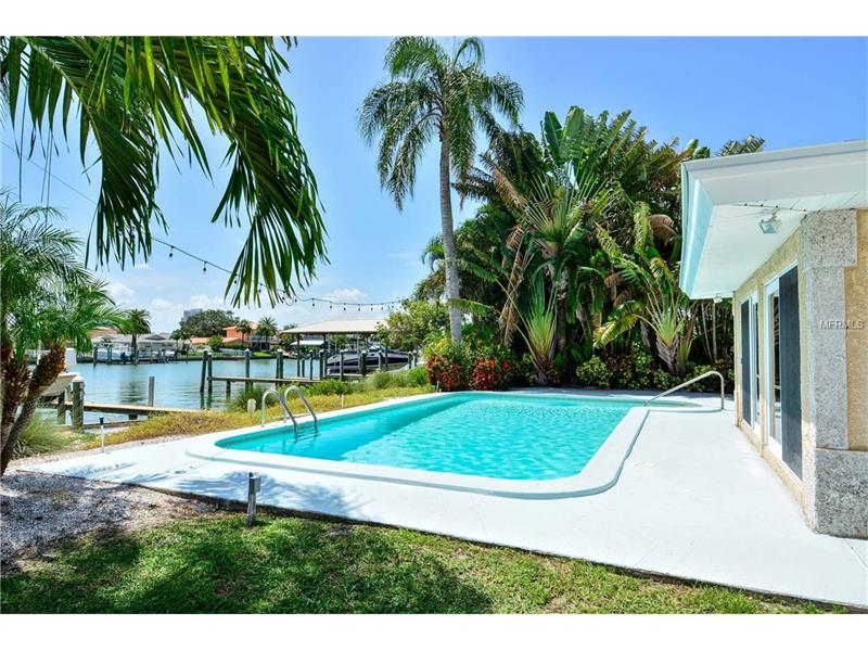 37 MIDWAY ISLAND, CLEARWATER BEACH, FL 33767