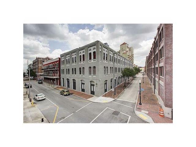 700 COMMERCE Street 206, New Orleans, LA 70130