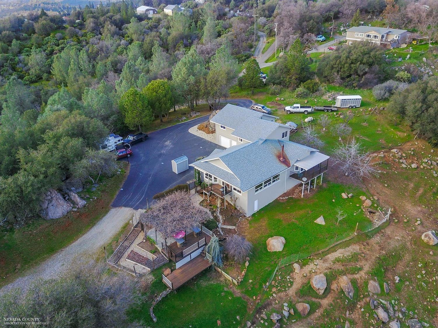 10757 Oak Hill Drive, Rough and Ready, CA 95975
