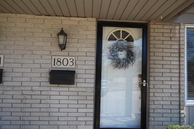 1803 SOUTHFIELD RD, Birmingham, MI 48009