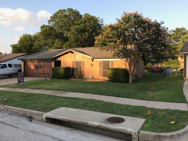 1621 Jackson Street, Grand Prairie, TX 75051